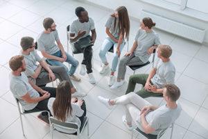 group at a cocaine detox center
